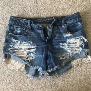 American Eagle lightly used high waisted shorts